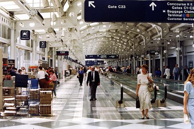 Vé máy bay đi Chicago của Eva Air đưa hành khách đến sân bay quốc tế O;Hare