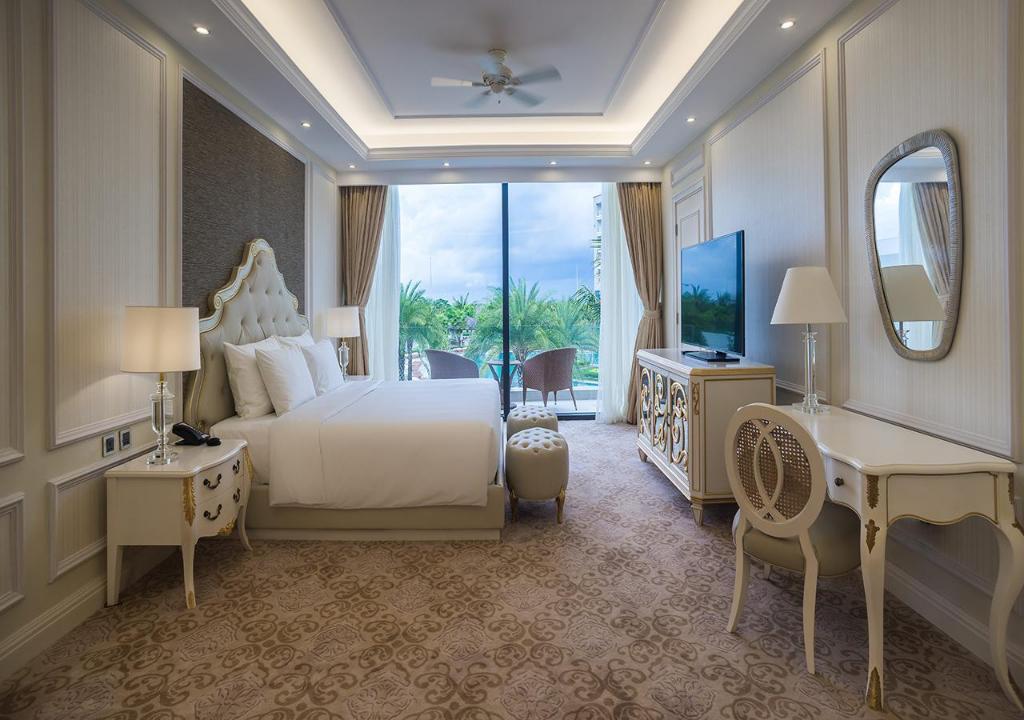 Phòng deluxe hướng biển Khu nghỉ dưỡng Radisson Blu Phú Quốc