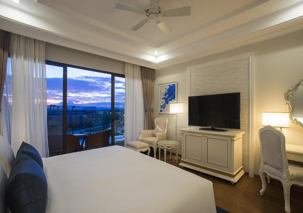 Phòng executive suite Khu nghỉ dưỡng Radisson Blu Phú Quốc